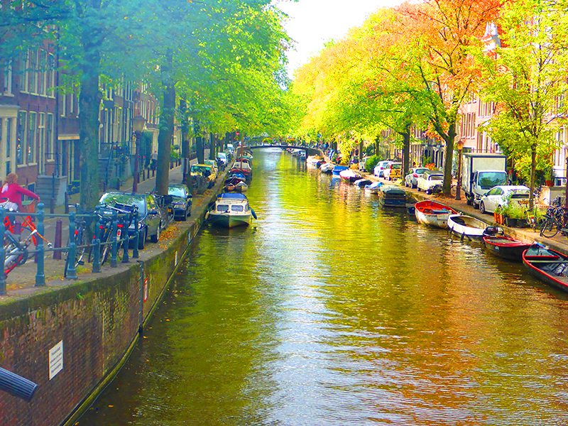 It is entirely possible to see all of the major sights and experience this very special city, even if you have only 48 hours in Amsterdam.