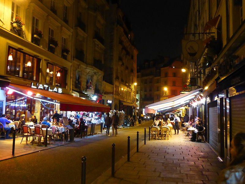 Romantic restaurants in paris for the weekend for Paris hotel 8th arrondissement