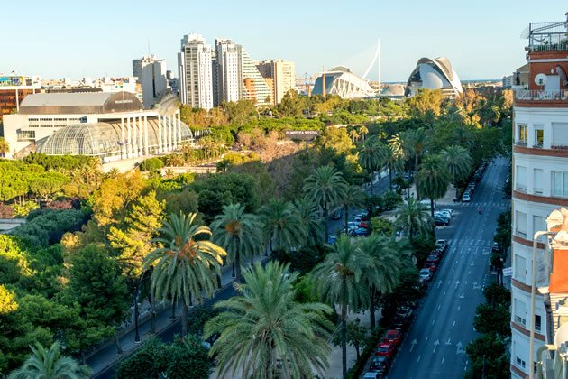 48 hours in valencia spain for Hotel nh jardines del turia