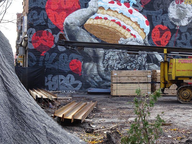 15 Incredible Photos Of Montreal Street Art, Canada
